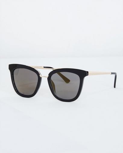 Zwarte retro zonnebril